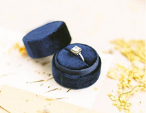 Custom luxury round weeding velvet ring box for jewelry suede ring box wholesale in EECA